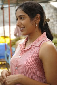 Padma Priya sweating at the right spot