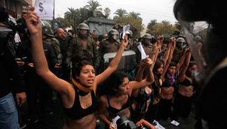 Student in Chile protests